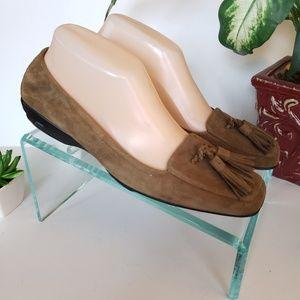 Cole Haan Air Sz 7 1/2B Brown Nubuck Tassle Shoe